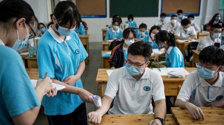 Wuhan, origen de la pandemia, retomará las clases sin cubrebocas obligatorio