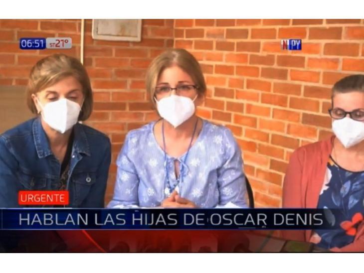 Conferencia. Las hijas del ex vicepresidente Óscar Denis.