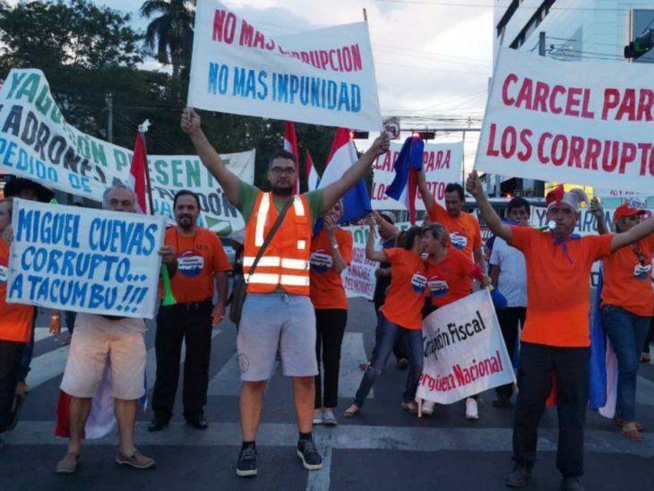 Protestas. Hubo varias manifestaciones exigiendo la prisión del diputado Miguel Cuevas.