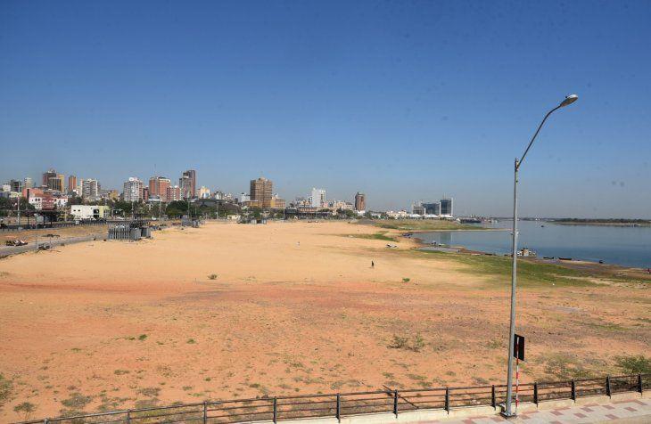 El río Paraguay registra uno de sus niveles más bajos en la historia.
