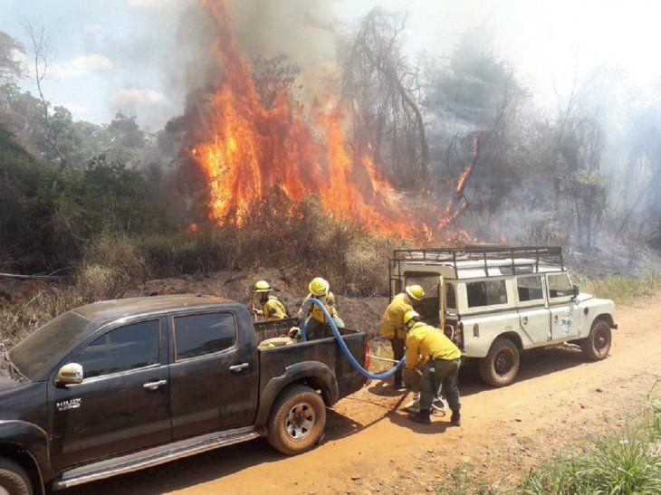 Las comunidades locales y pueblos indigenas están en riesgo por la rápida propagación del fuego.