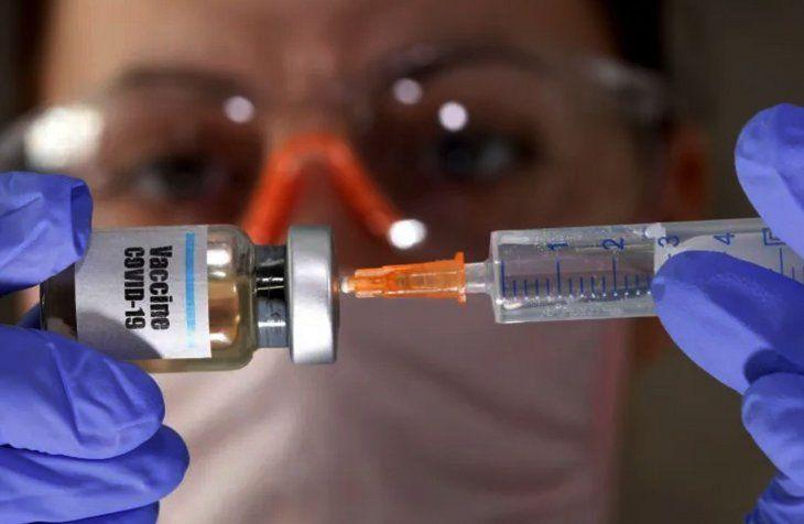 Vacunas por el mecanismo Covax llegarían entre marzo y abril.