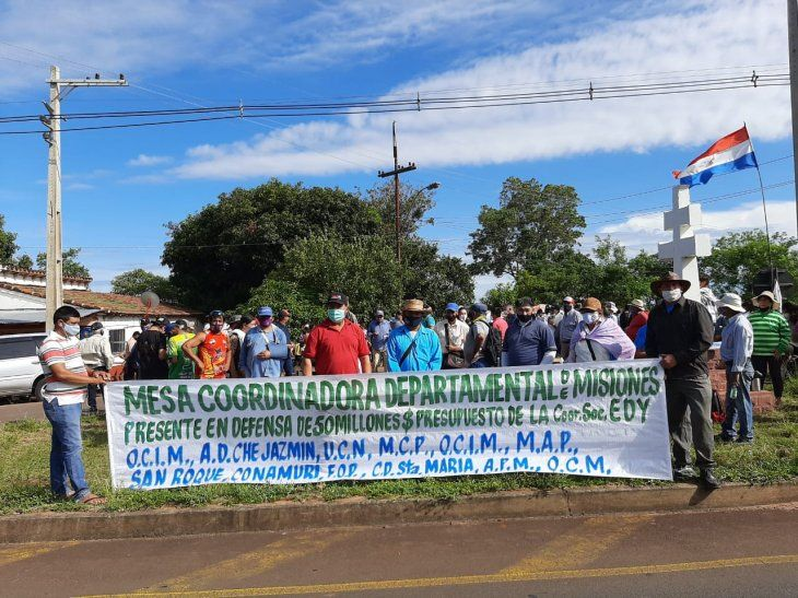 Miembros de diferentes organizaciones se movilizan en Santa Rosa