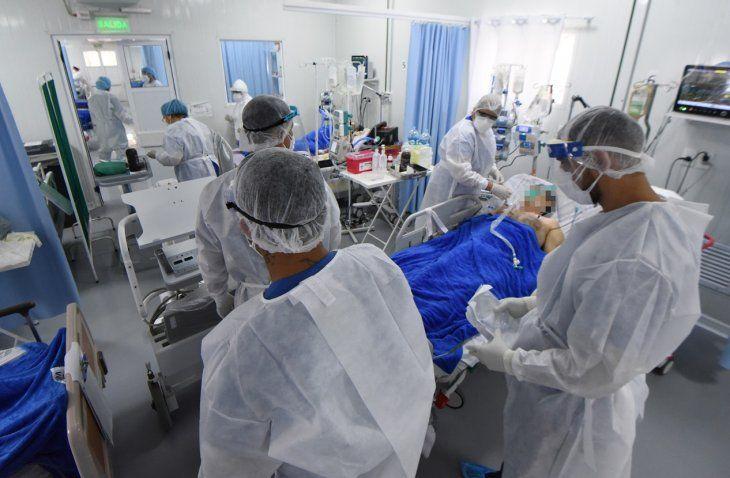 37 pacientes están en terapias de hospitales privados