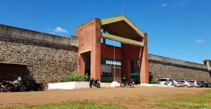 Fachada del Centro de Rehabilitación Social de Itapúa (CERESO).