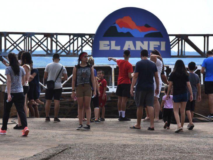 Clausurado. El Anfiteatro es el centro de actividades de la ciudad veraniega y ahora no podrá recibir visitas.