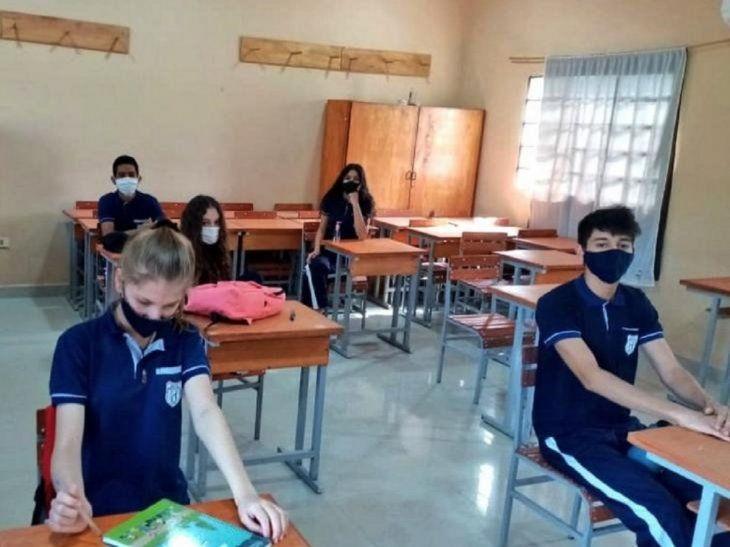 Las escuelas deben cumplir con los protocolos sanitarios para evitar contagios.