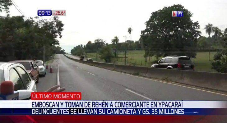 Delincuentes toman de rehén a comerciante y su familia en Ypacaraí.