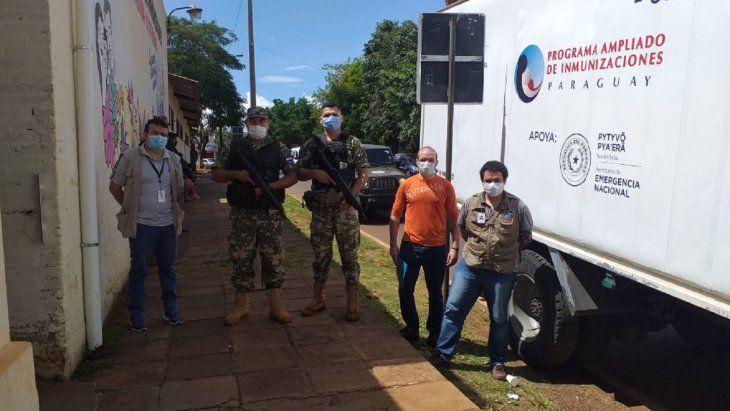 Unas 2.500 dosis de la vacuna AstraZeneca llegaron este domingo al Departamento de Alto Paraná.