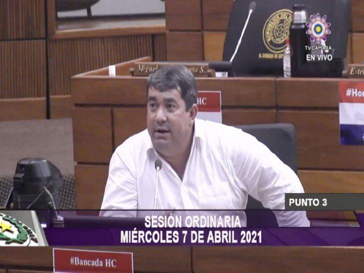 Procesado. El diputado colorado Éver Noguera fue ayer el gran defensor del autoblindaje.