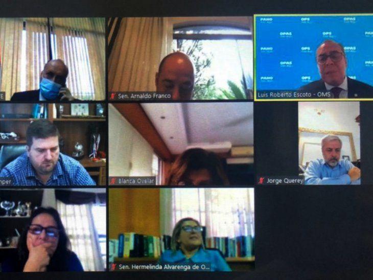 Reunión. Varios senadores conversaron ayer en forma virtual con Luis Roberto Escoto.