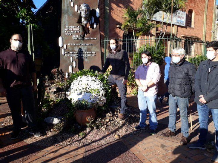 Representantes del SPP rindieron homenaje a Santiago Leguizamón
