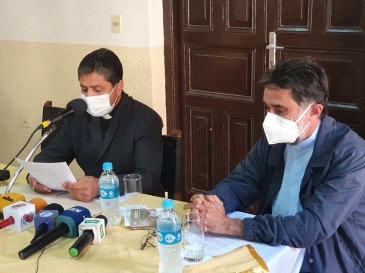 Los representantes de la Iglesia Católica se reunieron con los líderes del EPP que están en prisión.