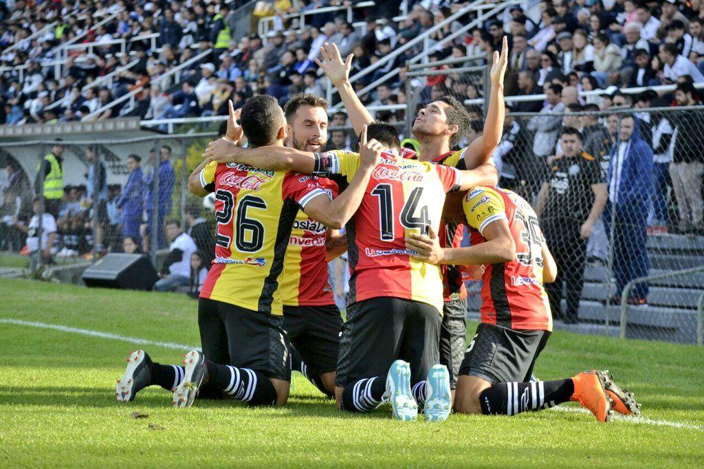 Santaní triunfó en Para Uno ante Olimpia. Foto: Prensa Club Santaní