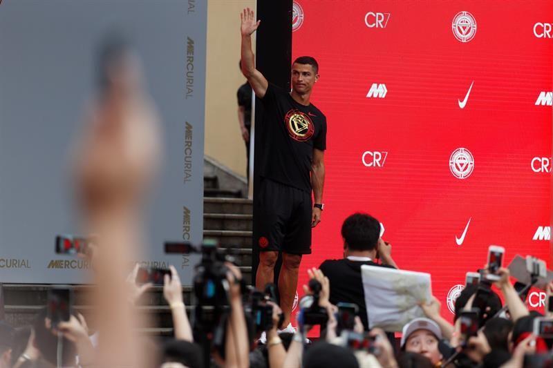 Cristiano Ronaldo sigue con una movida promocional. Foto: EFE