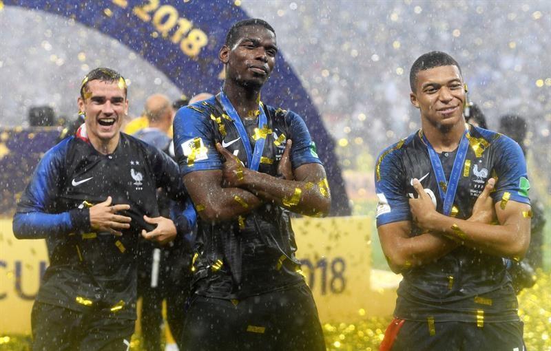 Jugadores de Francia tras la consagración mundial. Foto: EFE