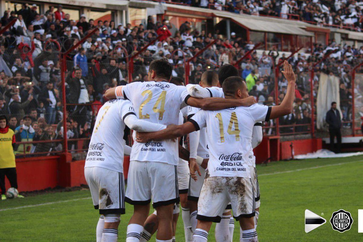 Olimpia se impuso por 2-1 en suelo argentino ante el cuadro boliviano. Foto: Olimpia - Media