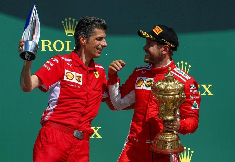 Vettel se alzó con la victoria en la casa de Hamilton. Foto: EFE