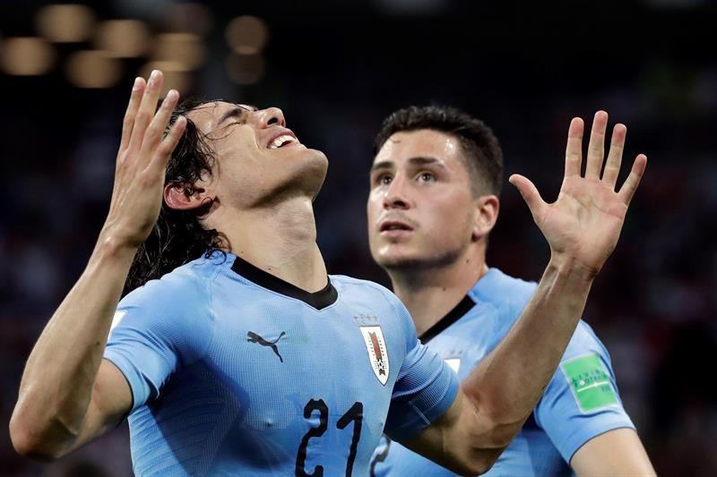 Cavani mete a Uruguay en los cuartos de final. Foto: EFE