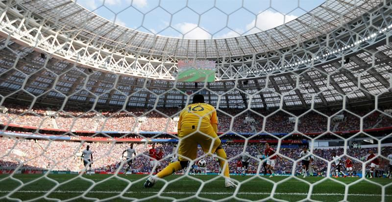 El primer empate sin goles se registró entre Francia y Dinamarca. Foto: EFE