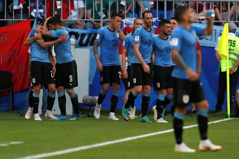 Uruguay da un baño de realidad a la selección rusa. Foto: EFE
