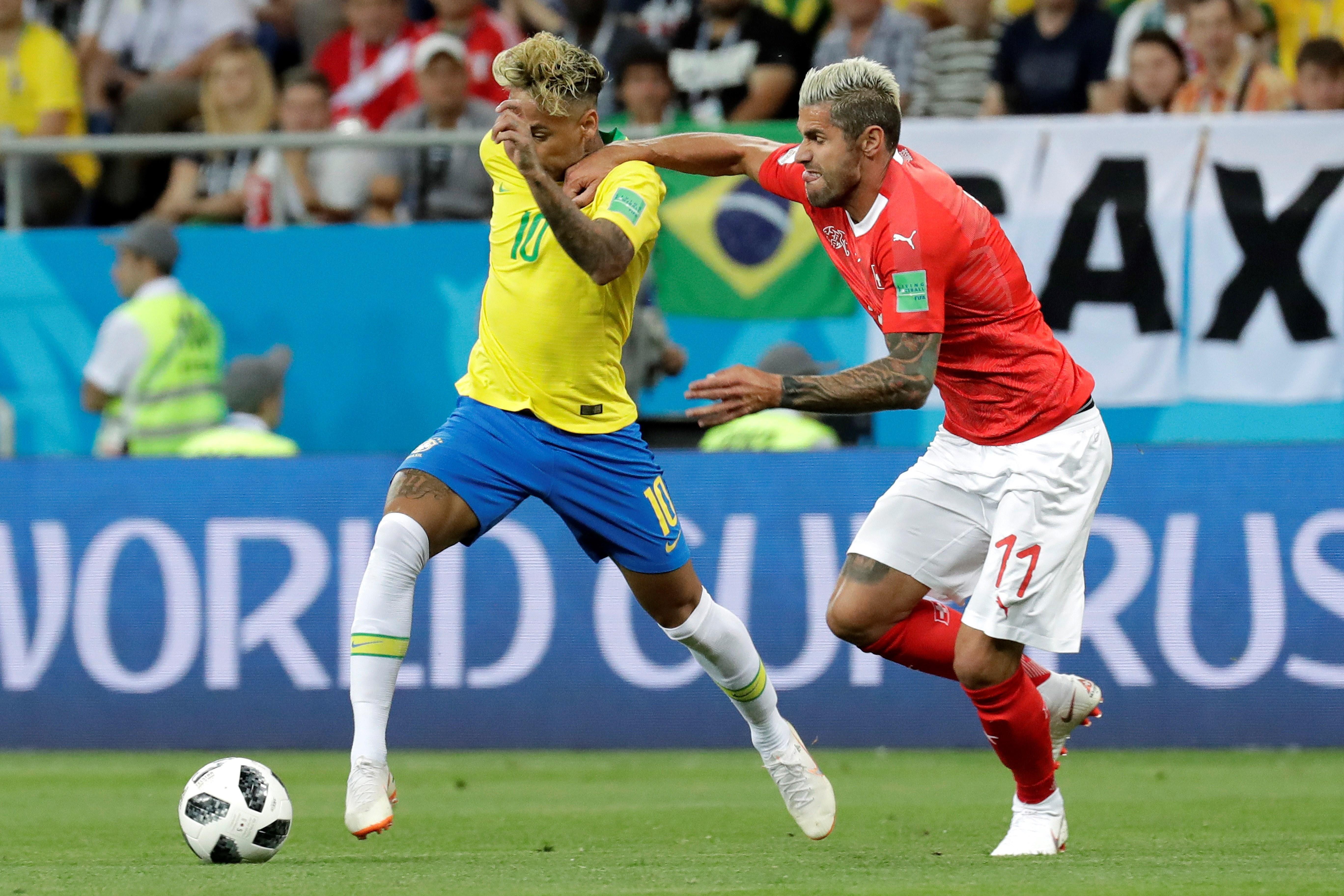 Neymar no pudo salvar a la Canarinha. Foto: EFE