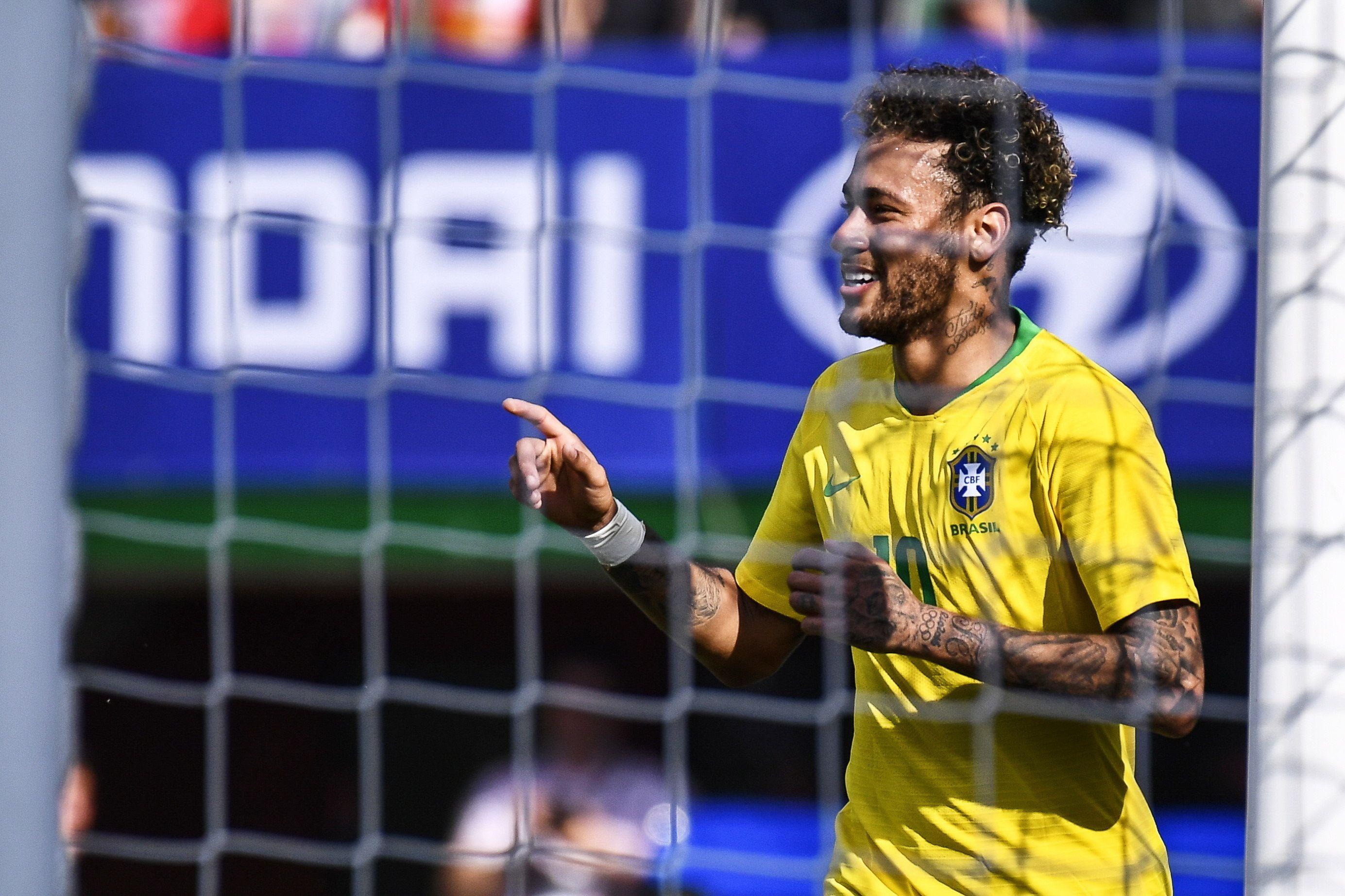 Neymar mostró todo su talento. Foto: EFE