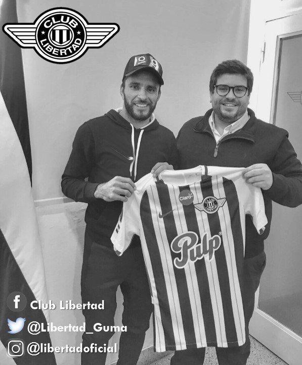 Antonio Bareiro renovó contrato hasta el 2020. Foto:@Libertad_Guma
