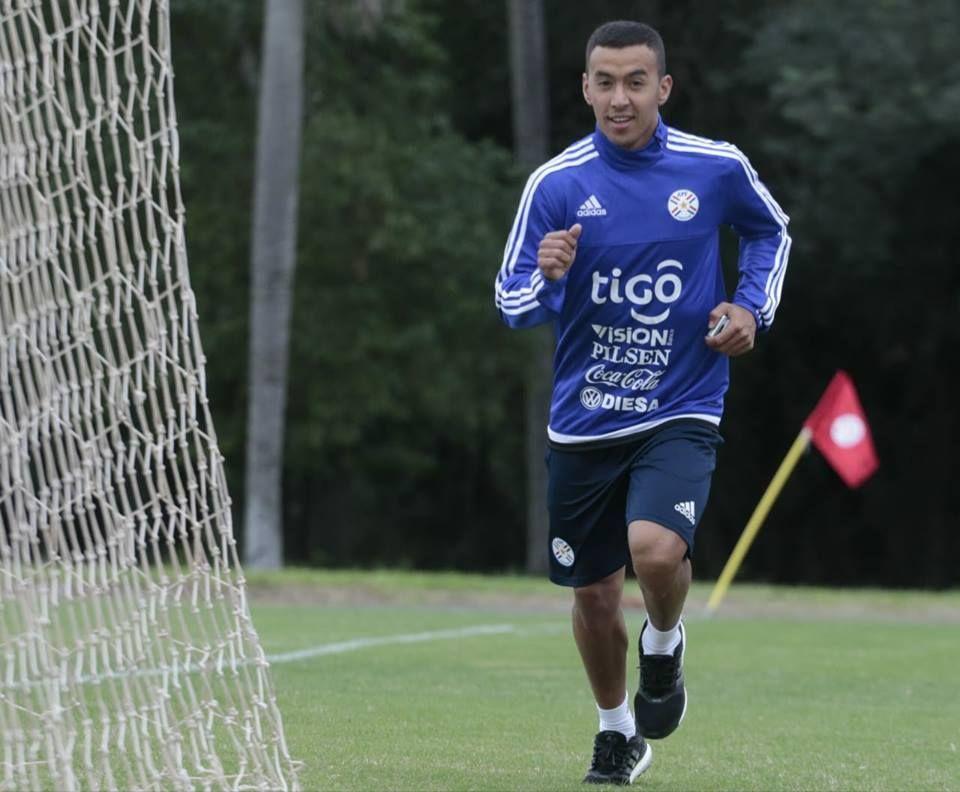 Romero Gamarra ya se puso a disposición de la Selección. Foto: Prensa - Albirroja