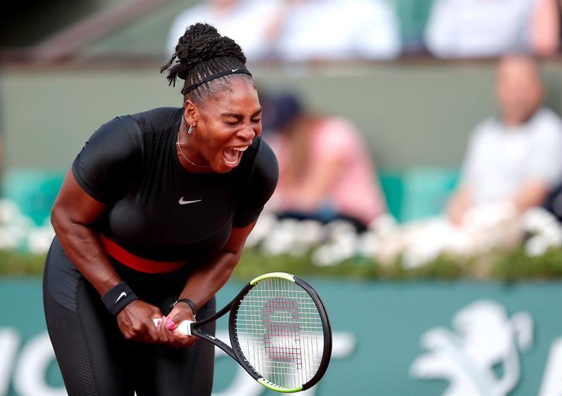 Serena Williams se retira de Roland Garros. Foto: EFE