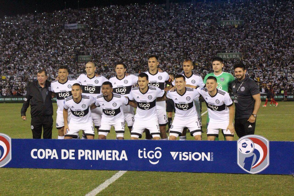 Equipo campeón del Apertura 2018. Foto: @elclubOlimpia