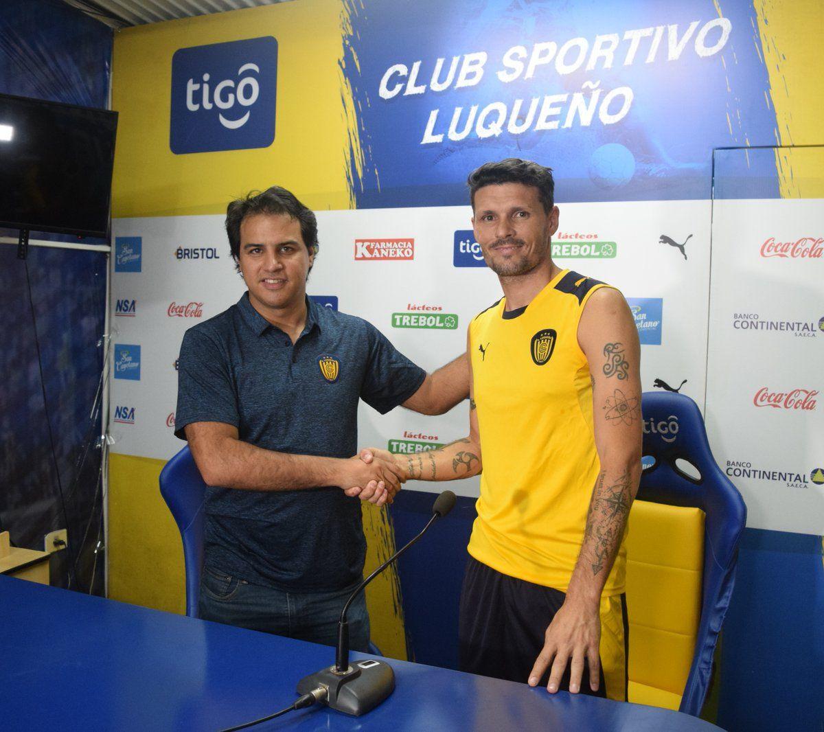 El ciclo de Fernando Ortiz duró poco en la República. Foto: Club Sportivo Luqueño