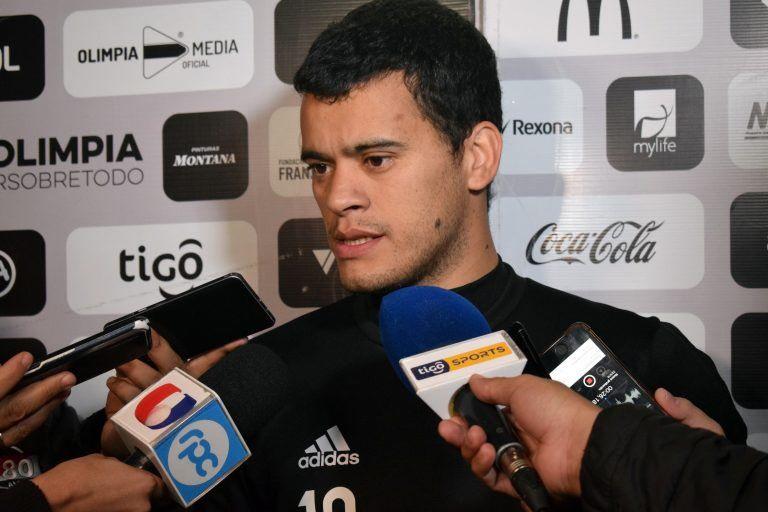 Mendieta habló en conferencia de prensa. Foto: Prensa Club Olimpia