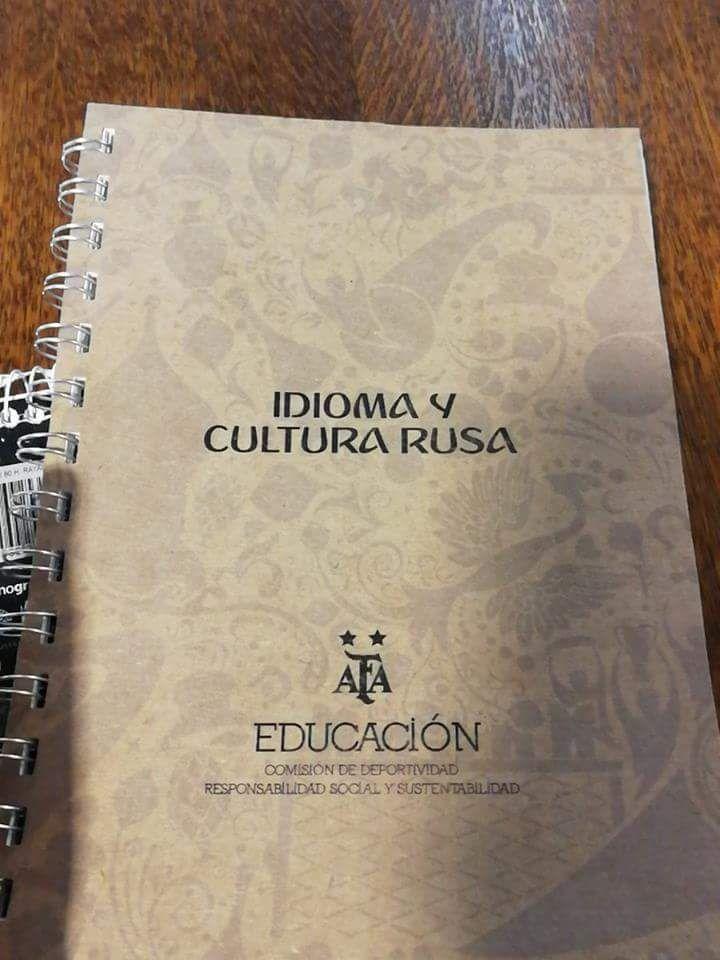 El manual deIdioma y cultura rusa de la AFA.