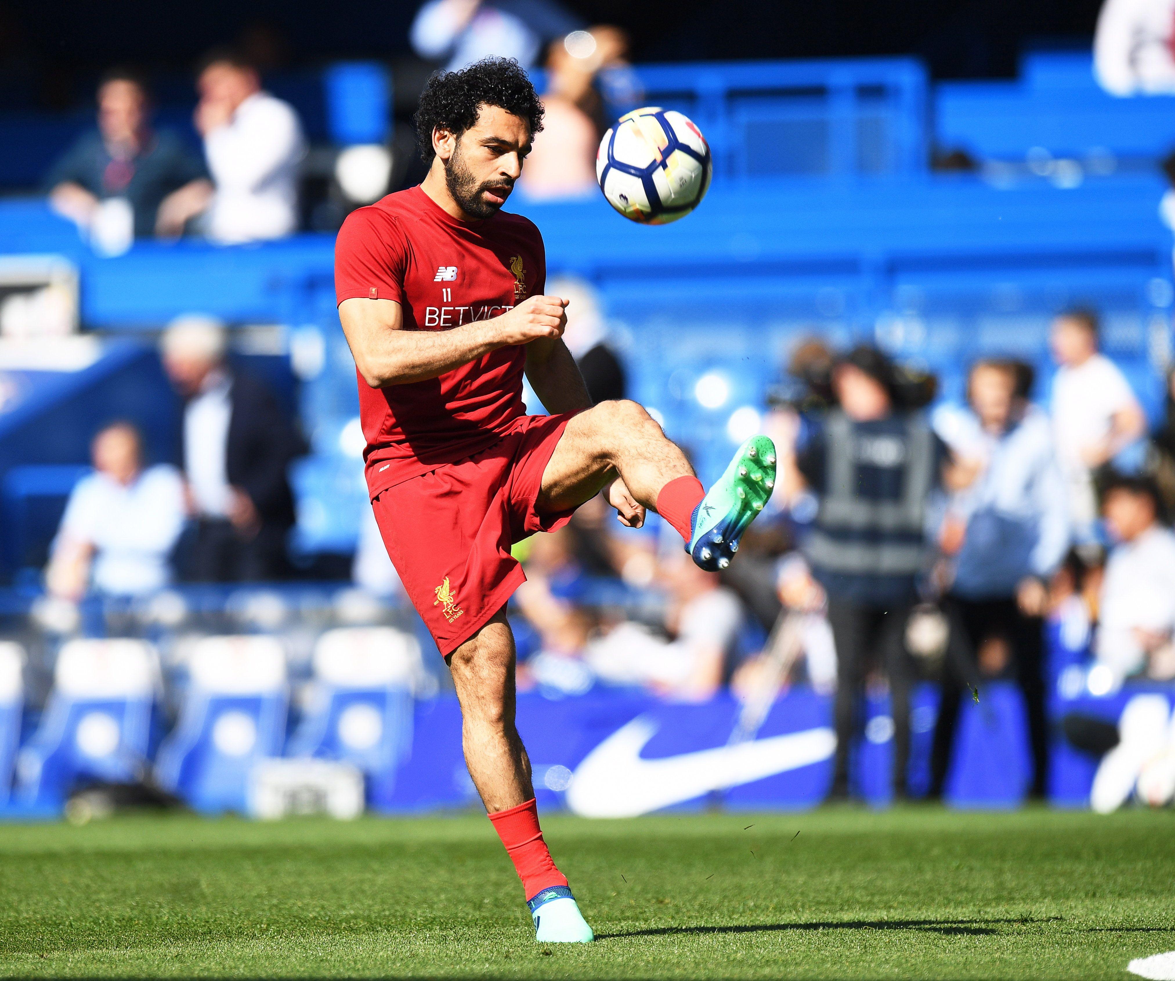 Salah se lleva el premio. Foto: EFE