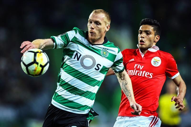 Sporting y Benfica empatan y hacen campeón al Porto. Foto: EFE
