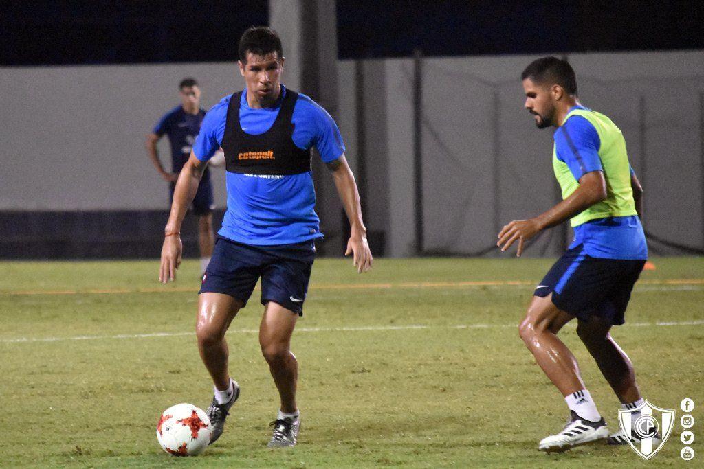 Topo Cáceres apresta su regreso. Foto: @CCP1912oficial
