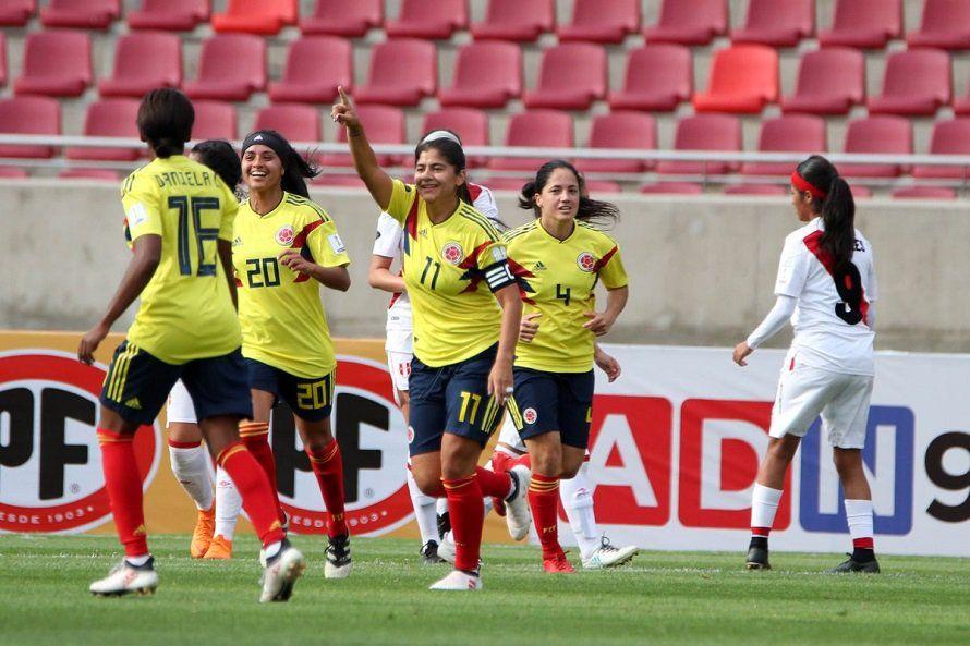Colombia gana a Perú y se asegura la ronda final. Foto:@FCFSeleccionCol