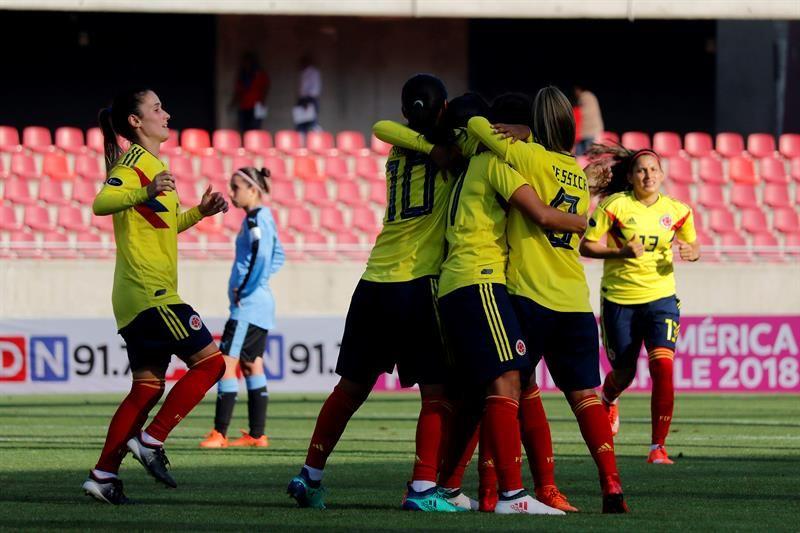 La Copa América Femenina se puso en marca en Chile. Foto: EFE