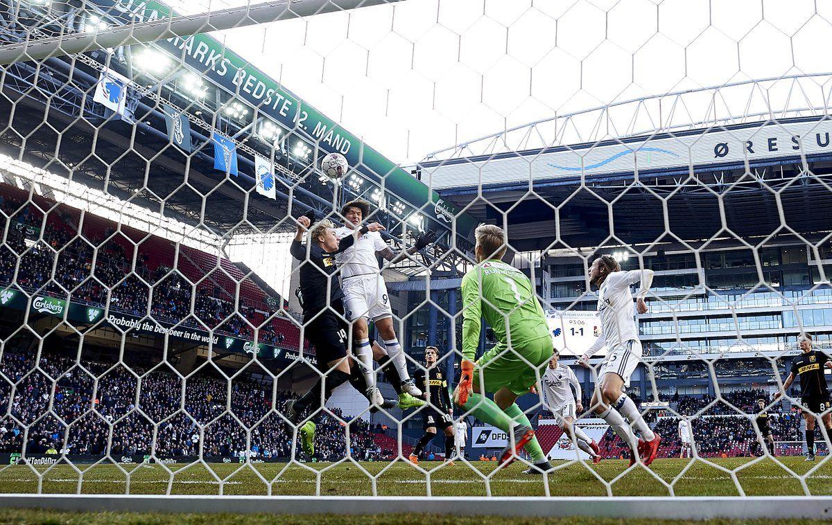 Salvador. Ropero le dio la victoria al Copenhague.