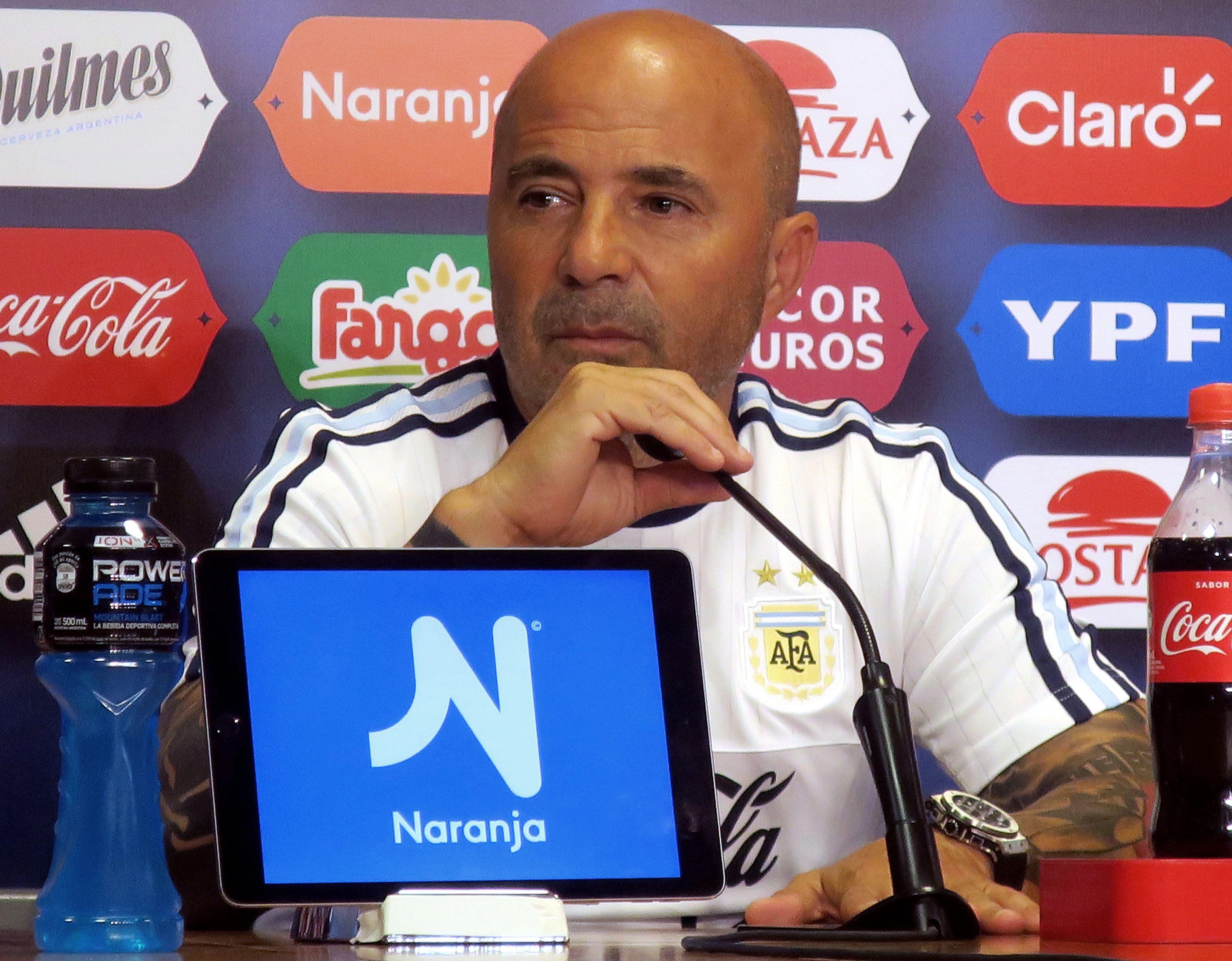 Sampaoli evaluará a sus dirigidos durante los partidos amistosos ante Italia y España. Foto: EFE