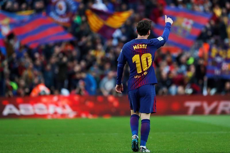 Messi convirtió un golazo de tiro libre. Foto: EFE