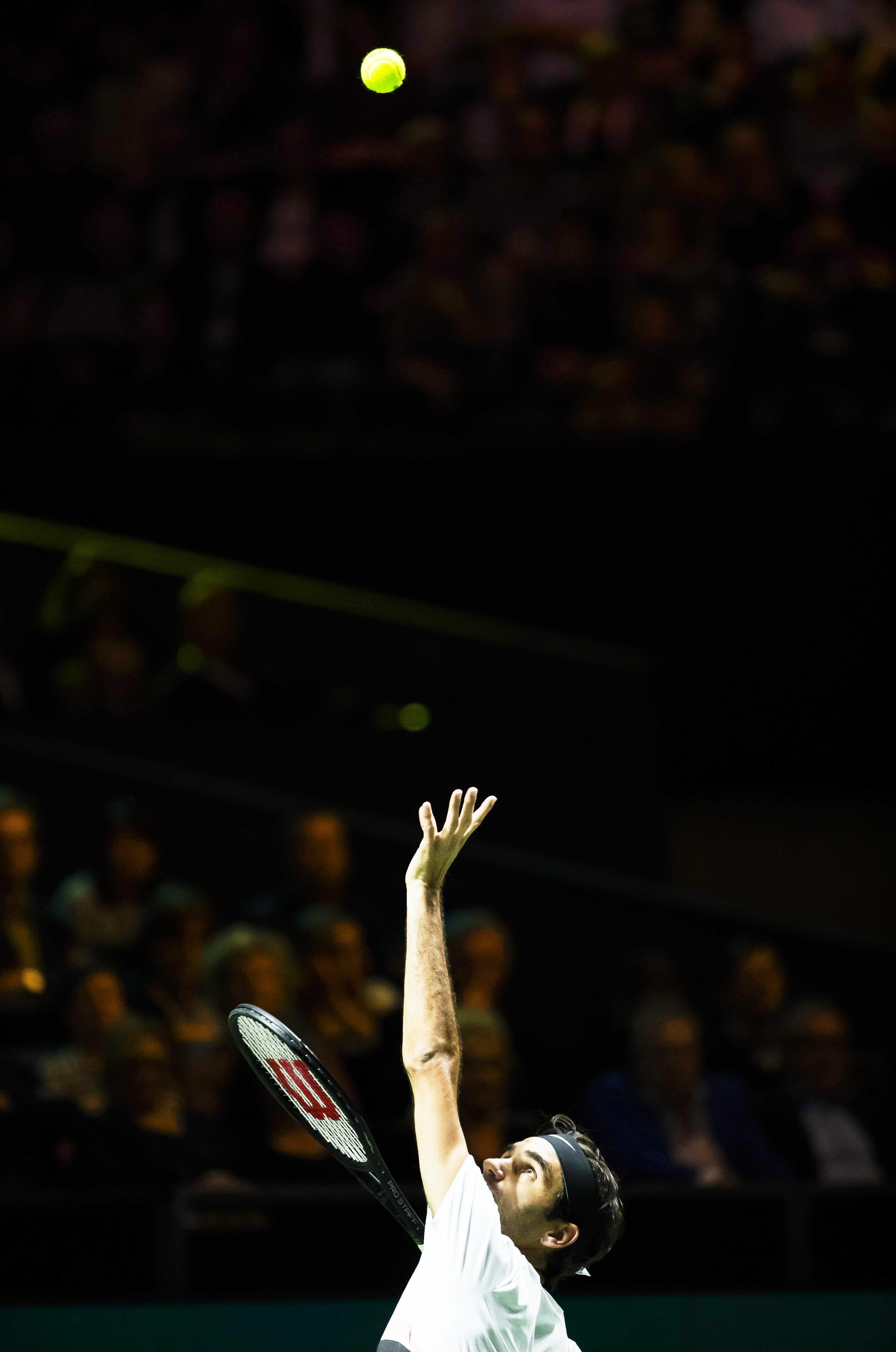 Roger Federer volverá a ser número 1 si llega a semifinales en Rotterdam. Foto: EFE