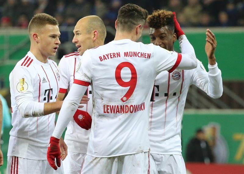 El Bayern golea al Paderborn y se clasifica a las semifinales. Foto: EFE