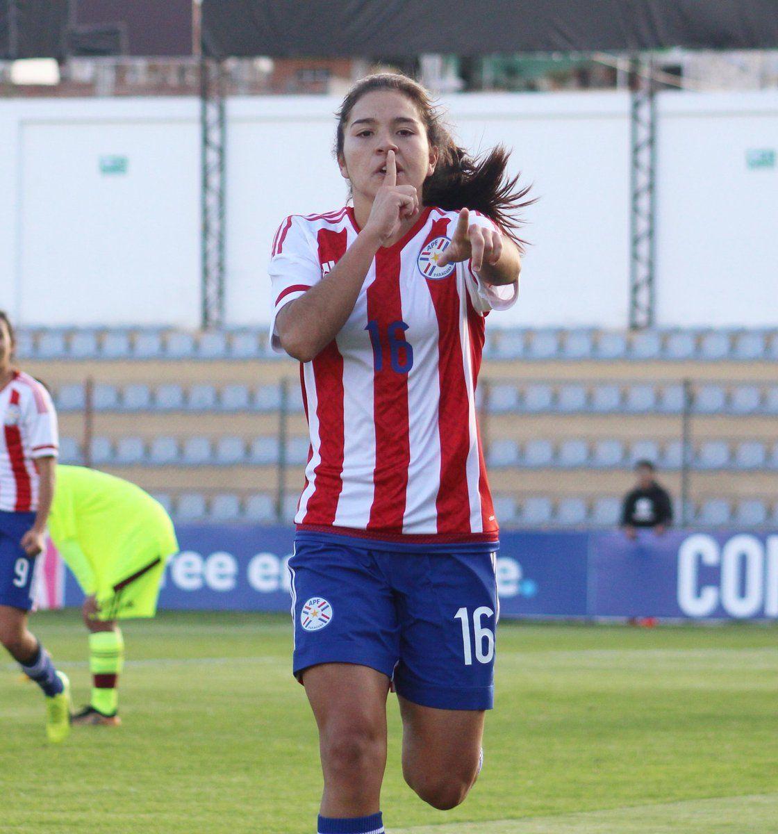 Paraguaya vence y comienza con pie derecho el cuadrangular final. Foto: @Albirroja