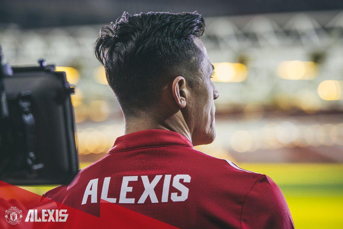 Alexis Sánchez está listo para sumarse al United. Foto:@ManUtd