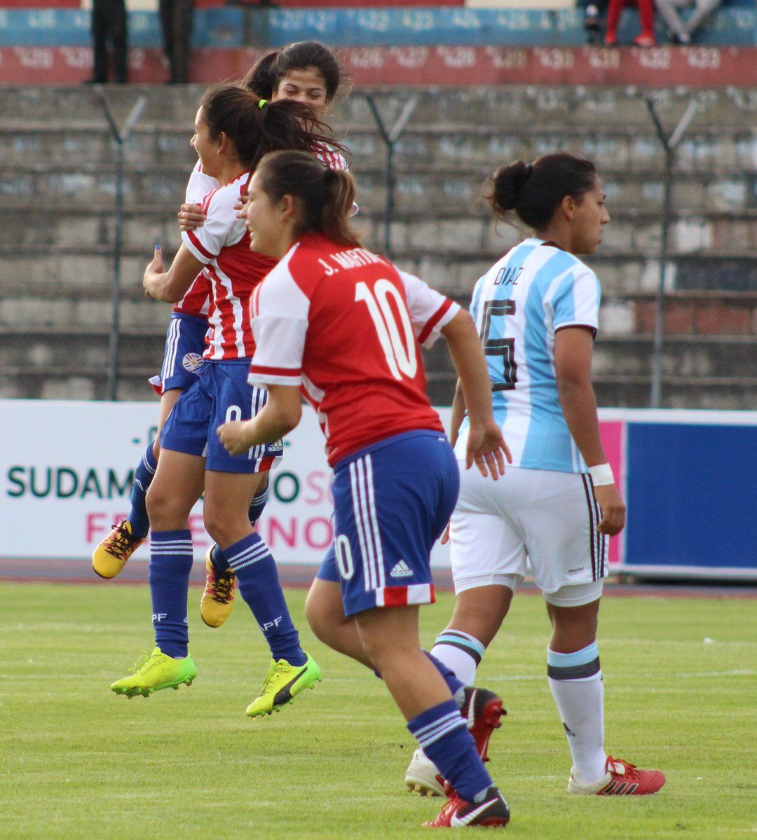 Paraguay goleó a Argentina. Foto: @Albirroja