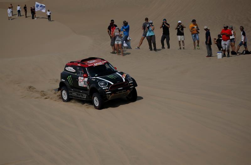 Nani Roma se retira del Dakar 2018 tras un accidente. Foto: EFE