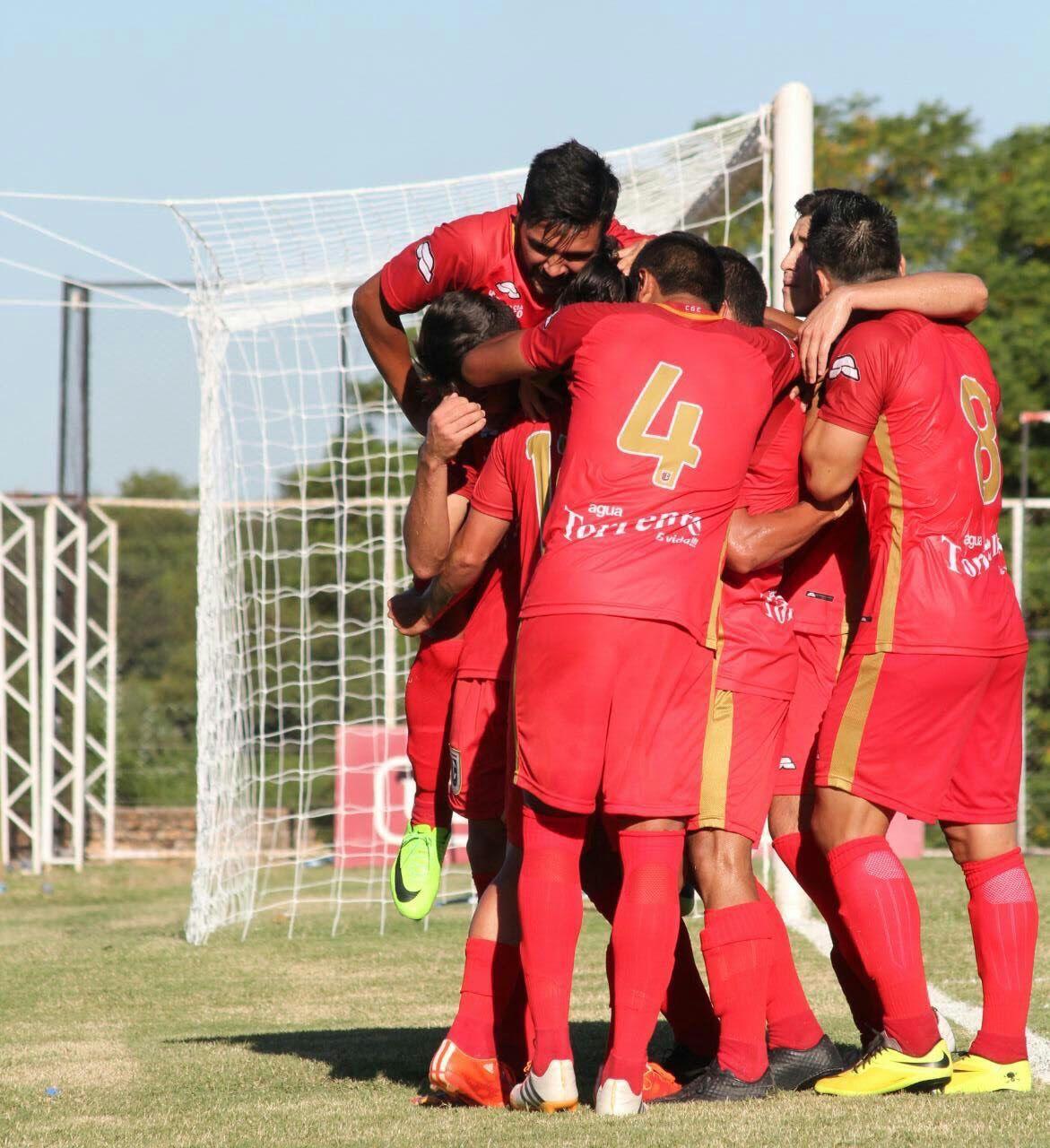 Futbolistas reclaman a la dirigencia Matarife. Foto: APF