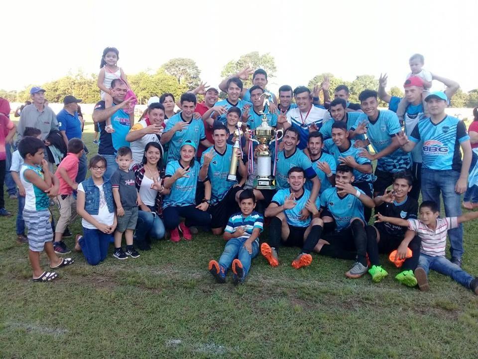 El certamen nacional cautiva al fútbol del interior. Foto: Karai Pelota.